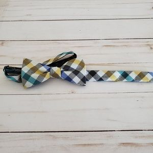 Ben Sherman Colorful Plaid Pre-Tied Bow Tie